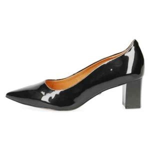 Cate black patent by Caprice