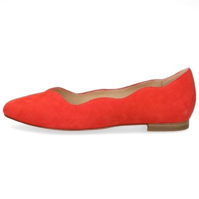 Lucy wavy flats by Caprice