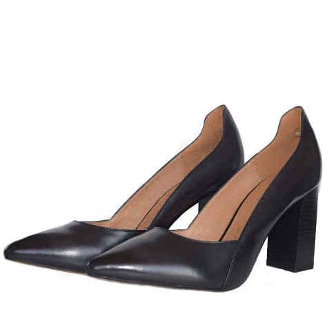 22401 black antic. 1 - Caprice shoes
